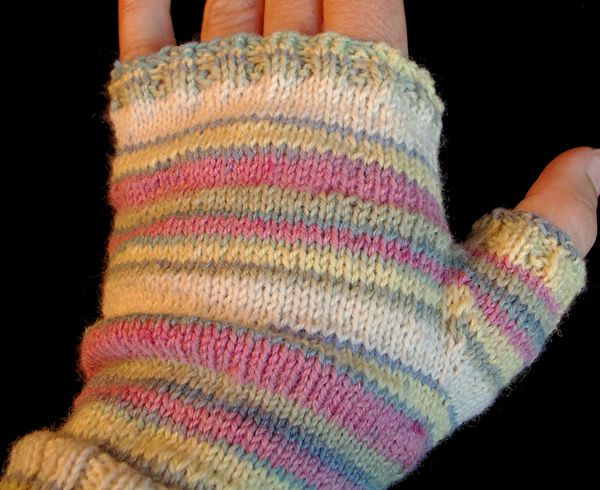 Knitted Fingerless Glove Pattern Knitting Crochet Projects