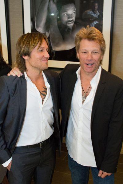 Jon And Keith Doesn T Get Any Better Than This My Two Favorite Guys Keith Urban Jon Bon Jovi Bon Jovi