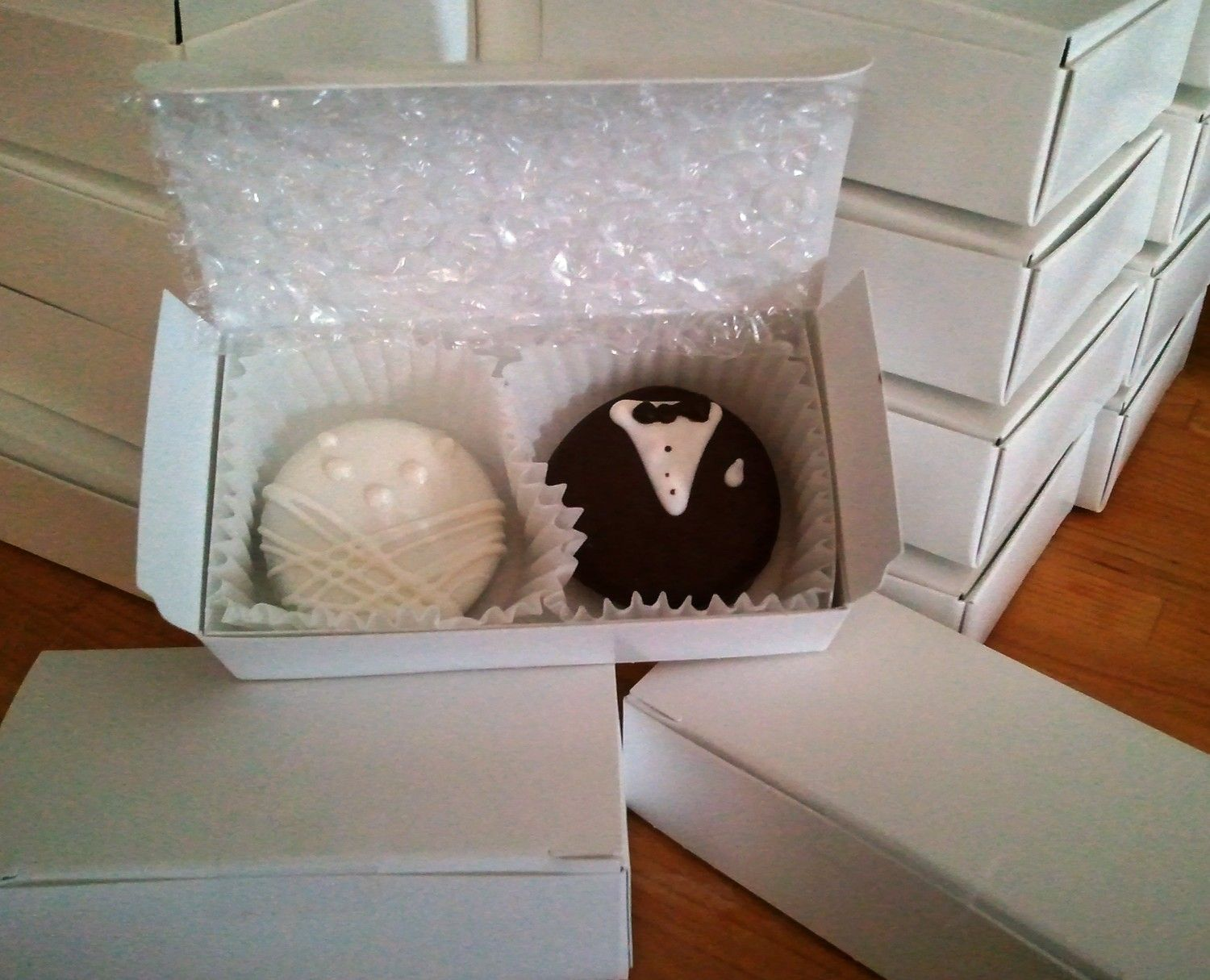 Oreo Chocolate Covered Cookie Bride And Groom Wedding Or Shower Favor In BOX