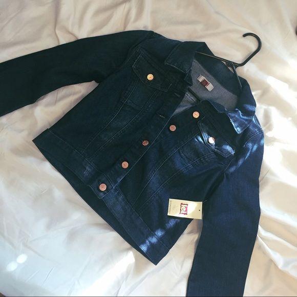 LEI Jean Jacket  JUNIORS medium jean jacket by lei. NWT. Button up. Dark blue. Bundle & save! GUARANTEED next day shipping!  lei Jackets & Coats Jean Jackets
