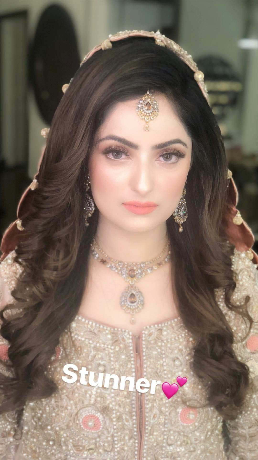Pin By Gulwish Official Account On Brides Pakistani Bridal Hairstyles Pakistani Bridal Makeup Bridal Makeup Looks