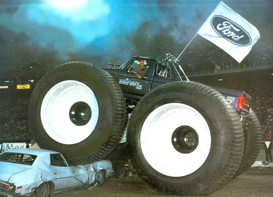 Tundra Tire Car Crushing With Jim Kramer And Bigfoot 4 Monster