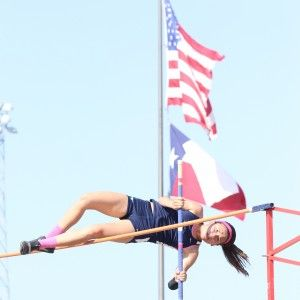 Kauffman Continues Her Dominance In The Girls Pole Vault Pole Vault Vaulting Pole