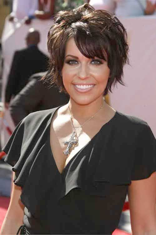 Short Hairstyles For Round Faces Young : Farah fath short layered haircuts with bangs 2015 hair ideas