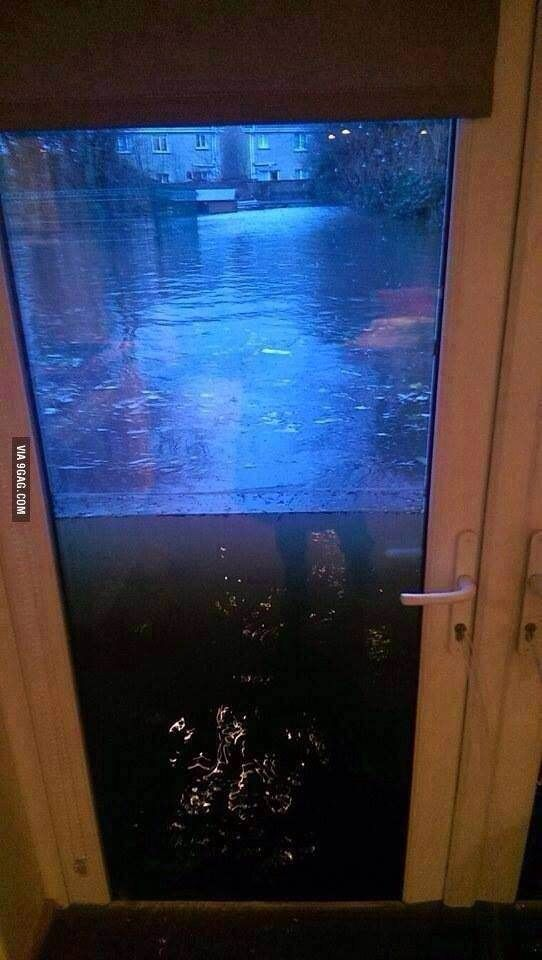 Whoever fitted this door deserves a medal.