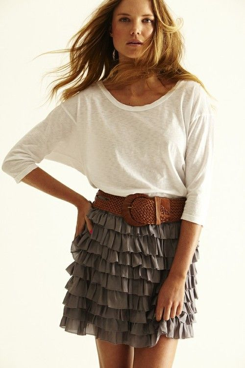 Tiered skirt with basic tee is the perfect combination of dressy and casual. #classic #style