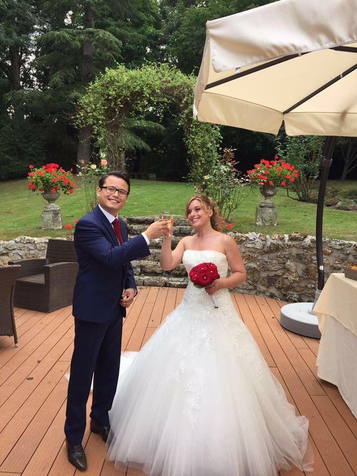 Ils se sont dit OUI.  Vin d'honneur => free flow Ruinart Mariage Mat & Jess Que du bonheur Vive les mariés