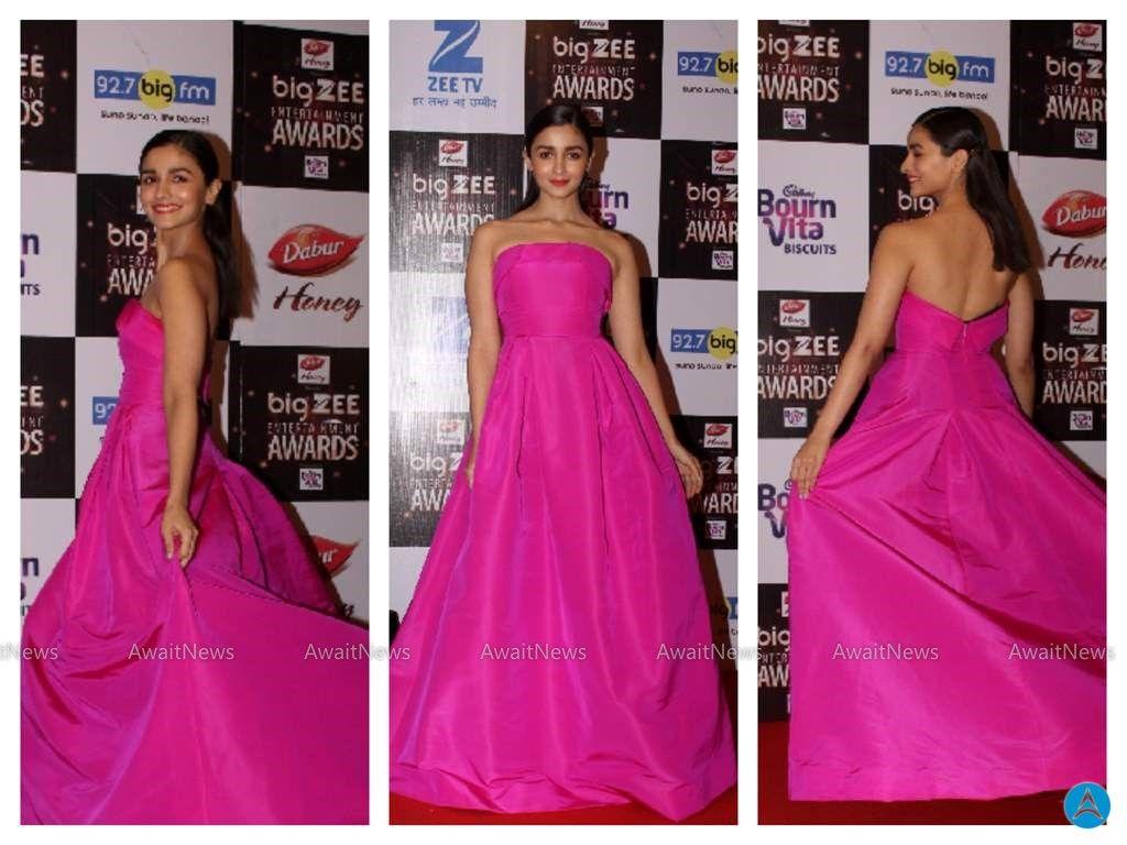 Alia bhatt photos at big zee entertainment awards hot actress