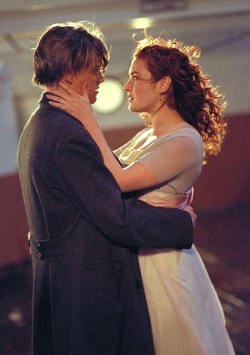 Leonardo Dicaprio And Kate Winslet In Titanic 1997 Titanic Movie Titanic Kate Winslet Titanic Movie Facts