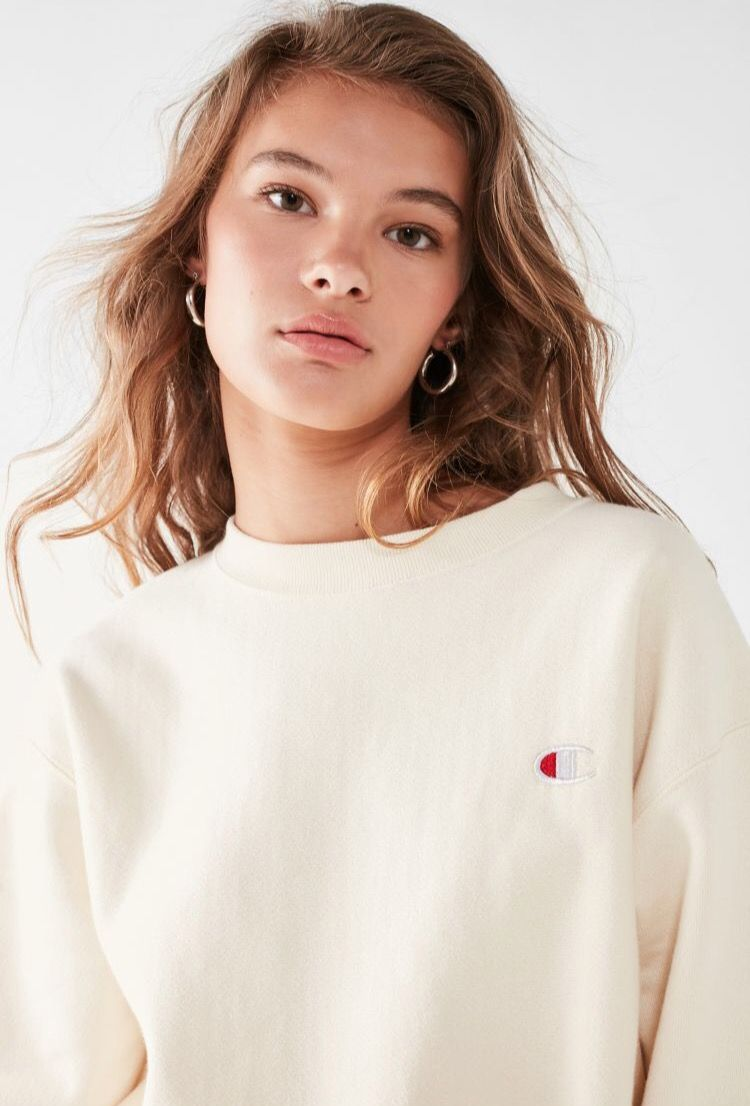 Champion Reverse Weave Pullover Sweatshirt Form Urban Outfitters In The Color Cream Champion Pullover Pullover Sweatshirt Sweatshirts [ 1106 x 750 Pixel ]
