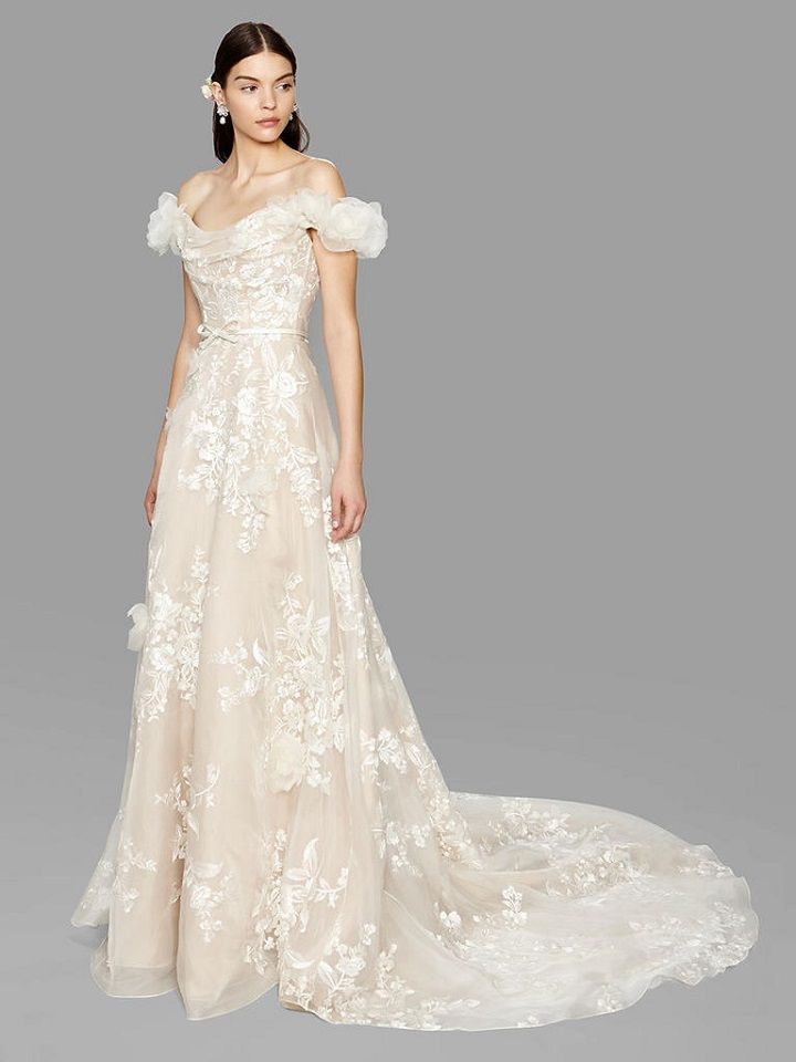 3d floral wedding dress from Marchesa bridal fall 2017 | fabmood.com #bridal #engaged #weddings #weddingdresses #wedding #weddingdress #bridalgown #weddinggown