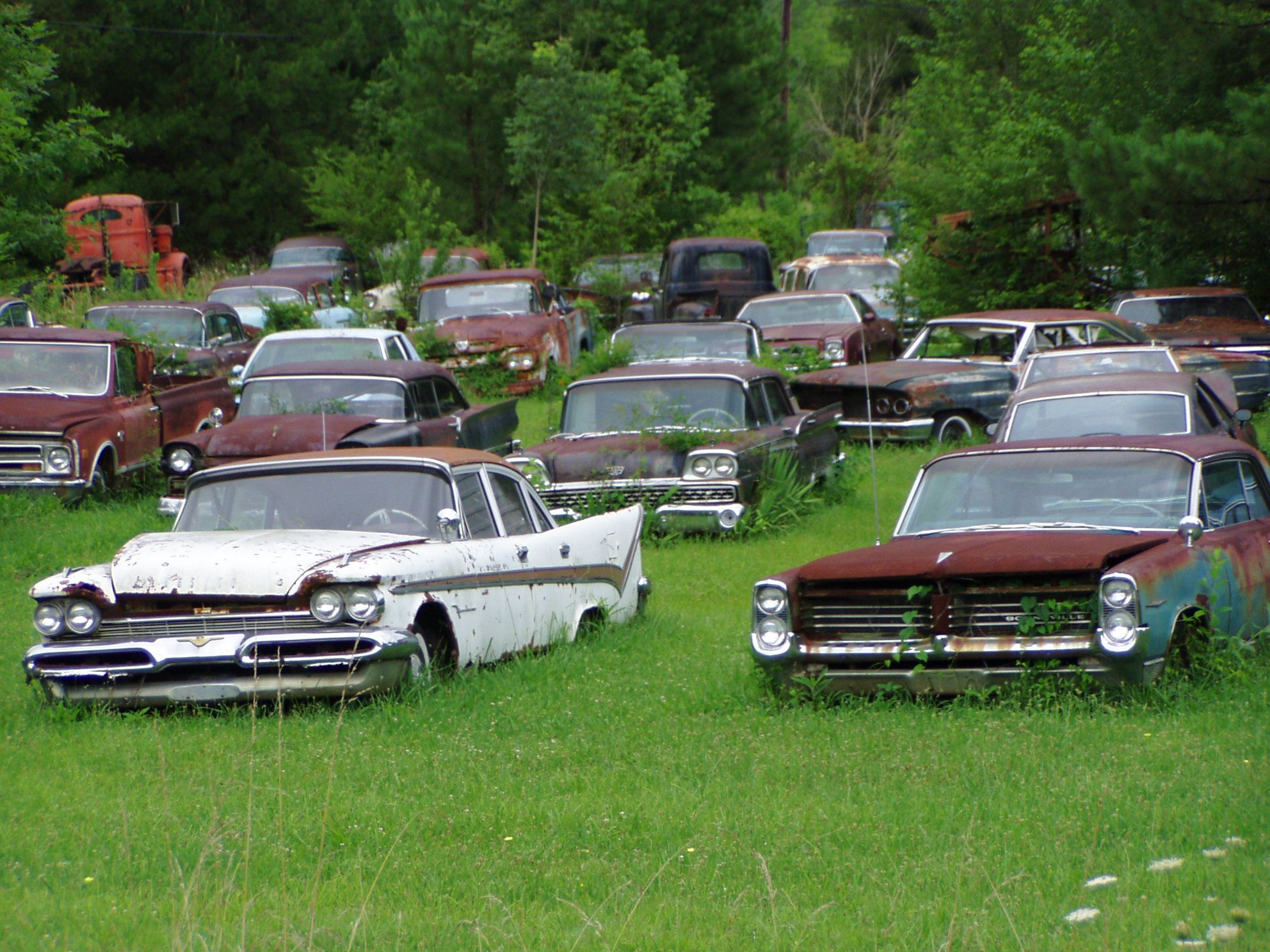junk yard cars - Yahoo Canada Image Search Results | Forgotten ...