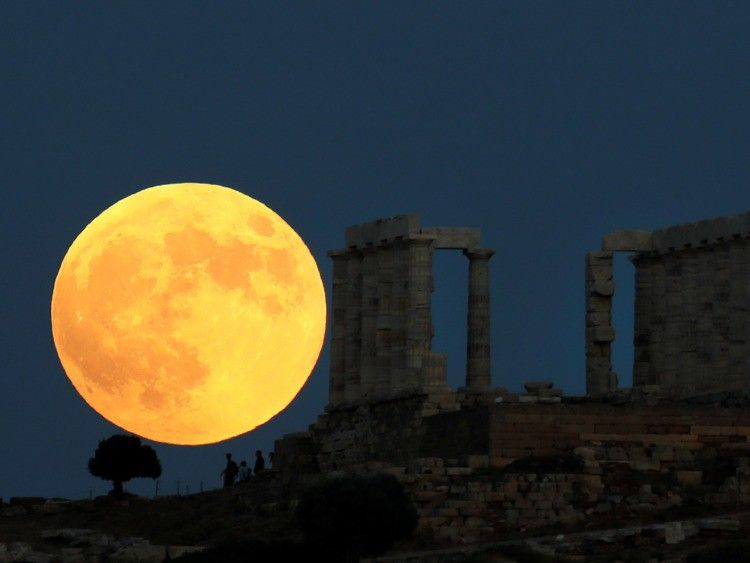 See Stunning Photos Of The Longest Blood Moon Lunar