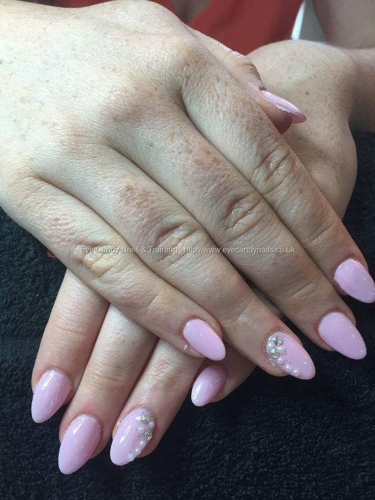 Baby pink almond shaped nails with crystals and pearls | Nails ...