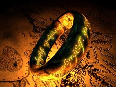 Love it especially with the map in the background   LOTR  The