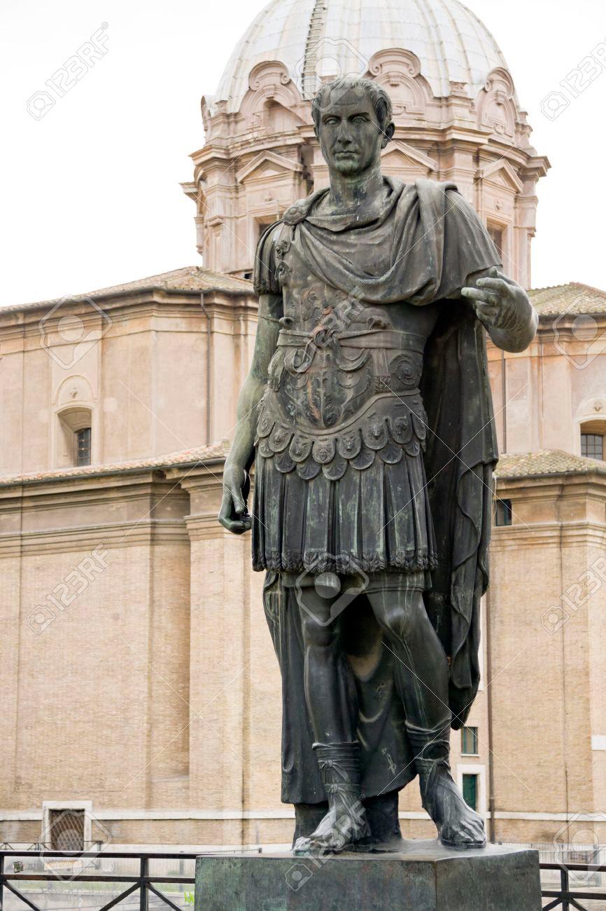 Statue Of Emperator Julius Caesar In Rome Italy Julius Caesar Rome Italy Photography Statue