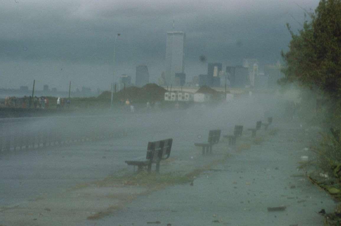 1985 Hurricane Gloria Dates Active September 16 October 2 Peak Classification Category 4 Sustained Wind Spee Hurricane Natural Disasters Hurricane Season