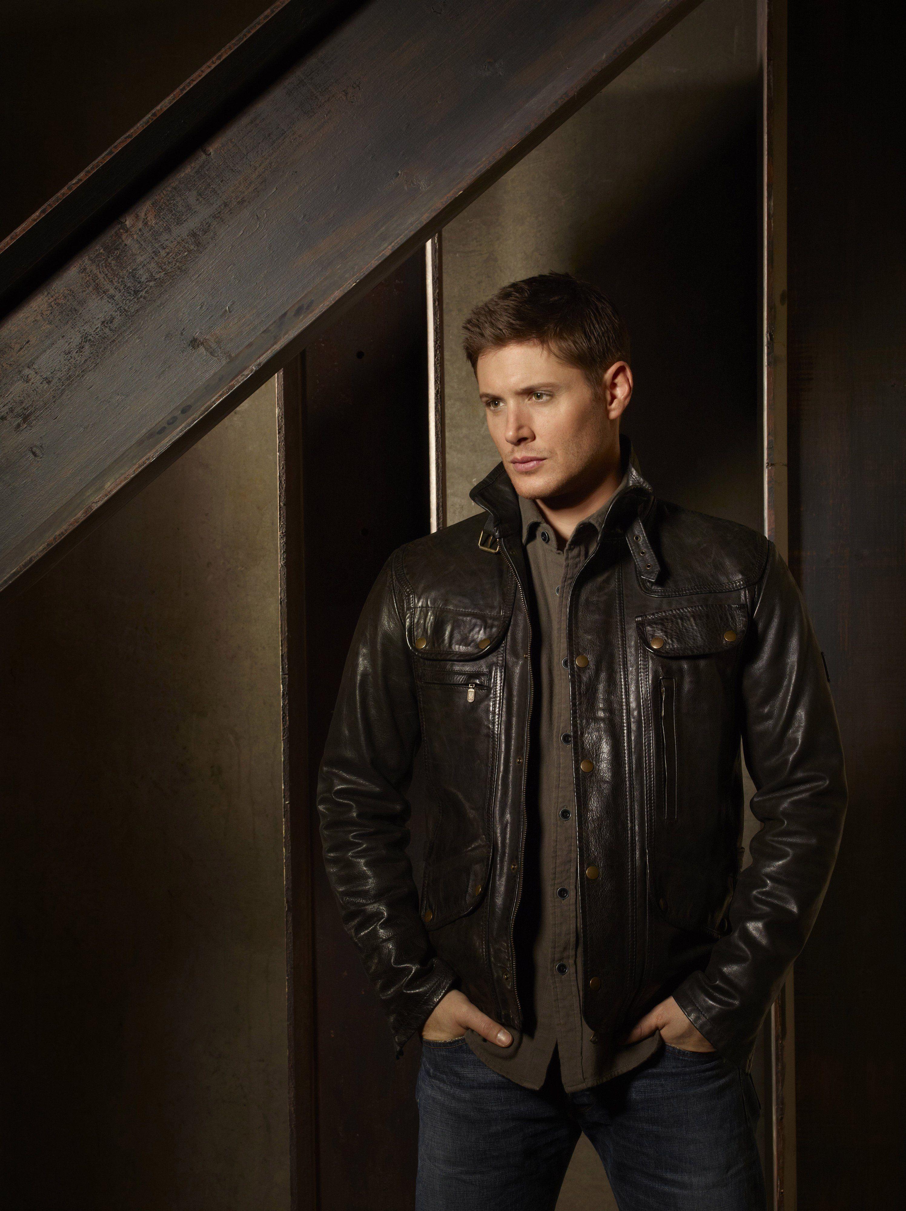 Dean Supernatural Promo Jensen Ackles Supernatural Jensen Ackles Leather Jacket [ 4000 x 2992 Pixel ]