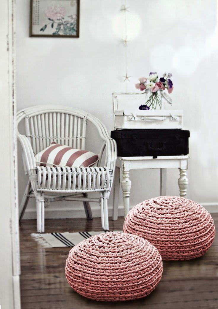 puffs de trapillo - ¡Sentarse es un placer! Taburetes, pufs, sillas ...