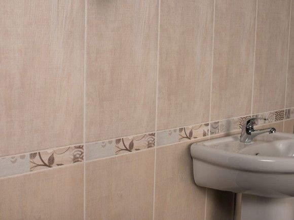 Washed wood natural wall tile ctm bathroom idea for Ctm bathroom designs