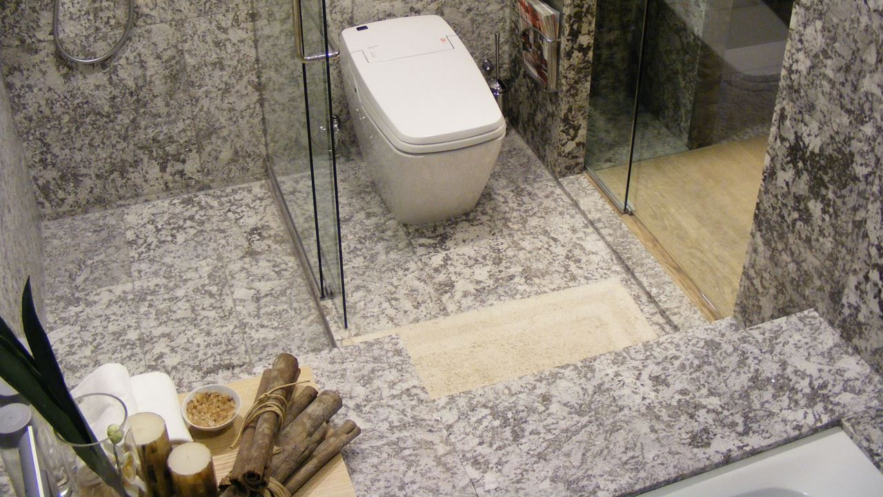 The KingThrone Range. Intelligent Electronic Bidet Toilet