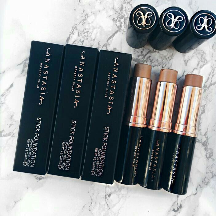 Pin By M O N Y On M A K E U P Makeup Makeup Addict Expensive
