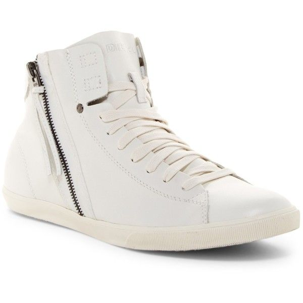 white lace up sneakers, round toe shoes