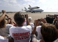 Retiring Space Shuttle Endeavour on its way to Bay Area, with flyover Friday morning - Inside Bay Area