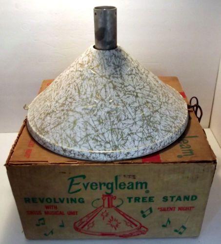 Musical Rotating Christmas Tree Stand: Evergleam Revolving Musical Christmas Tree Stand