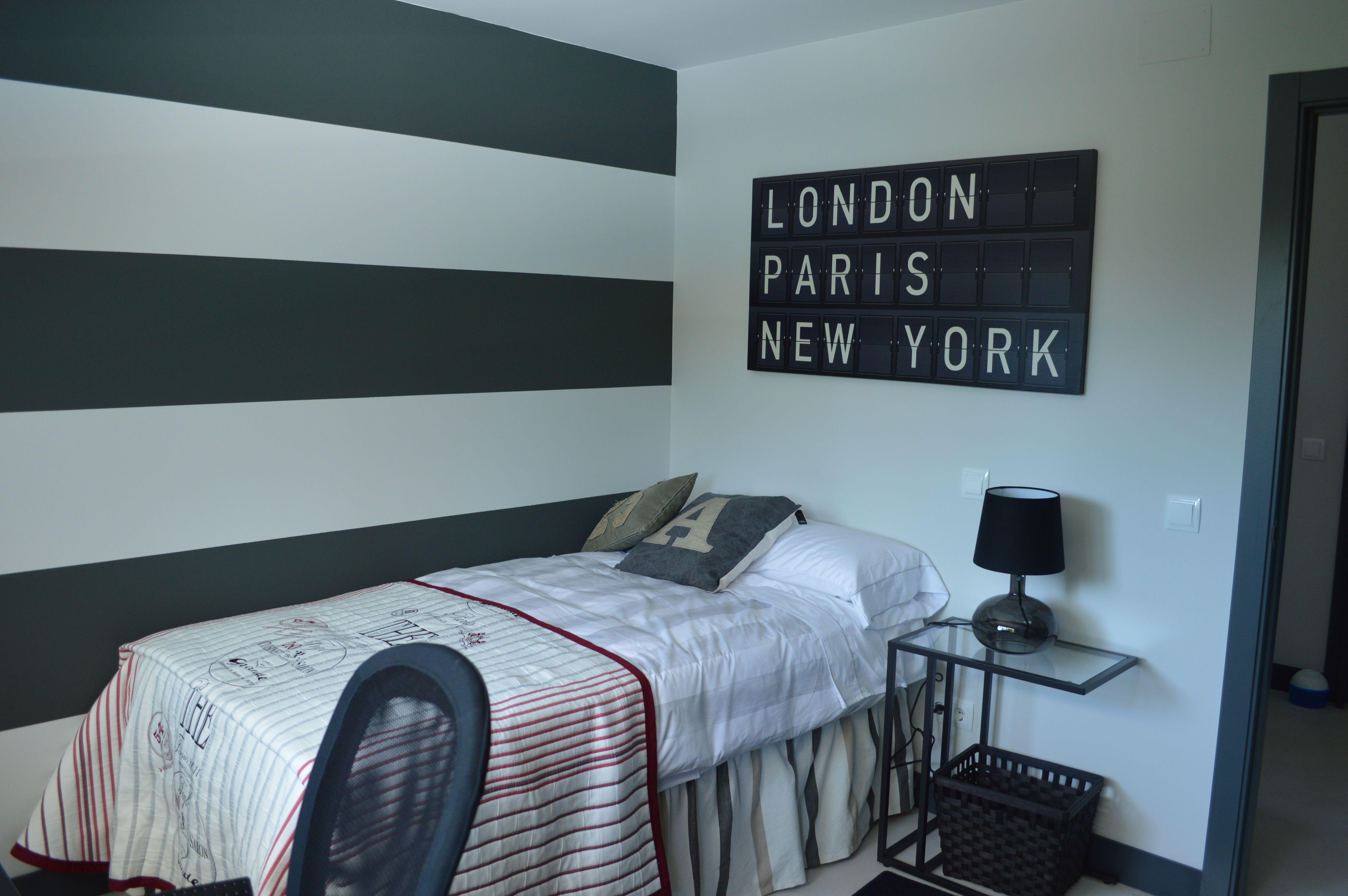 Dormitorio juvenil para chico proyectos realizados for Vinilos habitacion juvenil chico