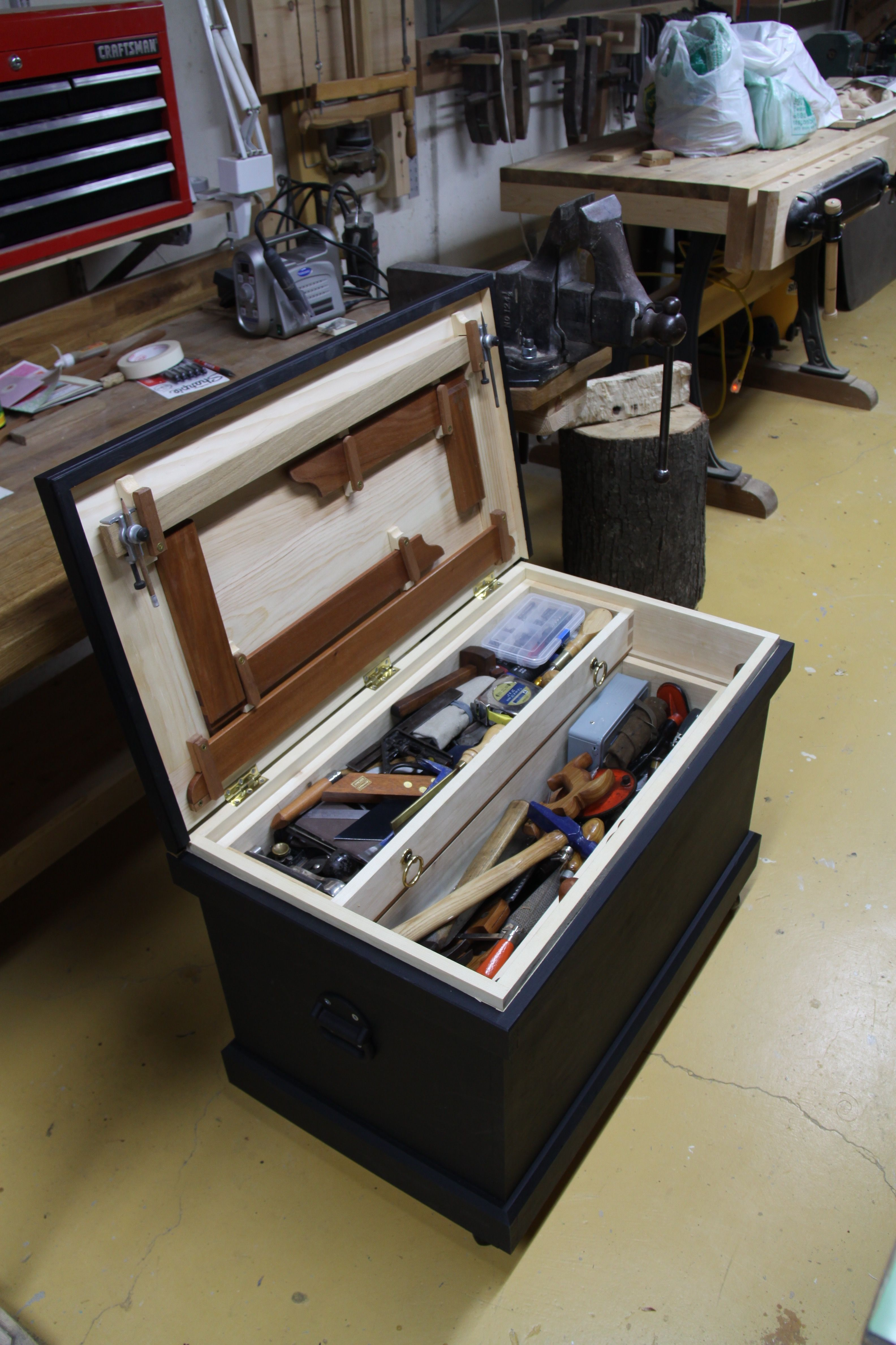 Travelling Tool Chest Open Made By Phil White Wood Tool Chest Garage Storage Solutions Woodworking Hand Tools