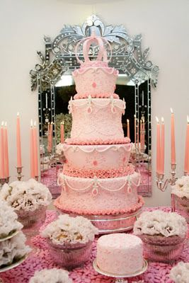 maria antonieta can we have a really big cake someone i want to style this party - Someone Decorating For A Party