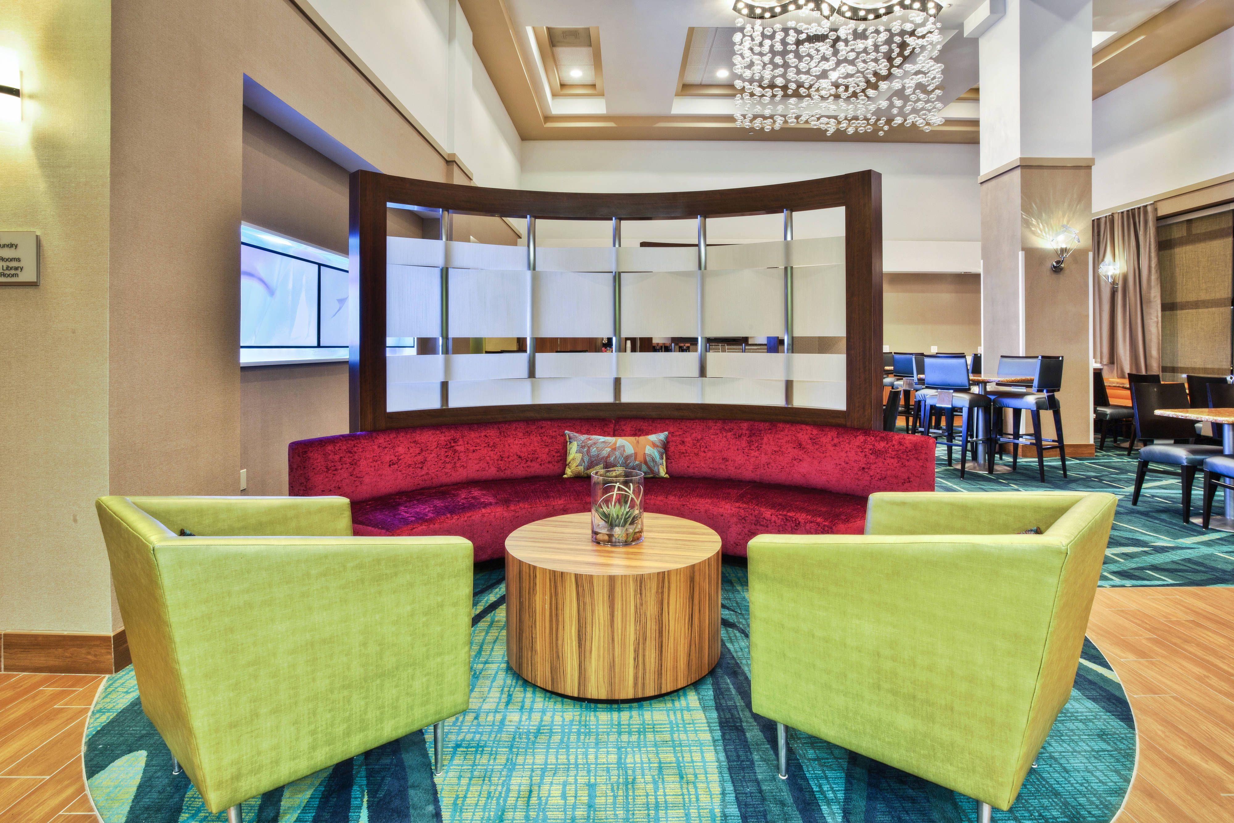 Springhill Suites Chicago Elmhurst Oakbrook Area Lobby Suite