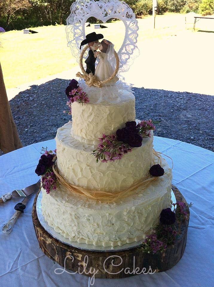 The Prettiest & Unique Wedding Cakes Weve ever seen