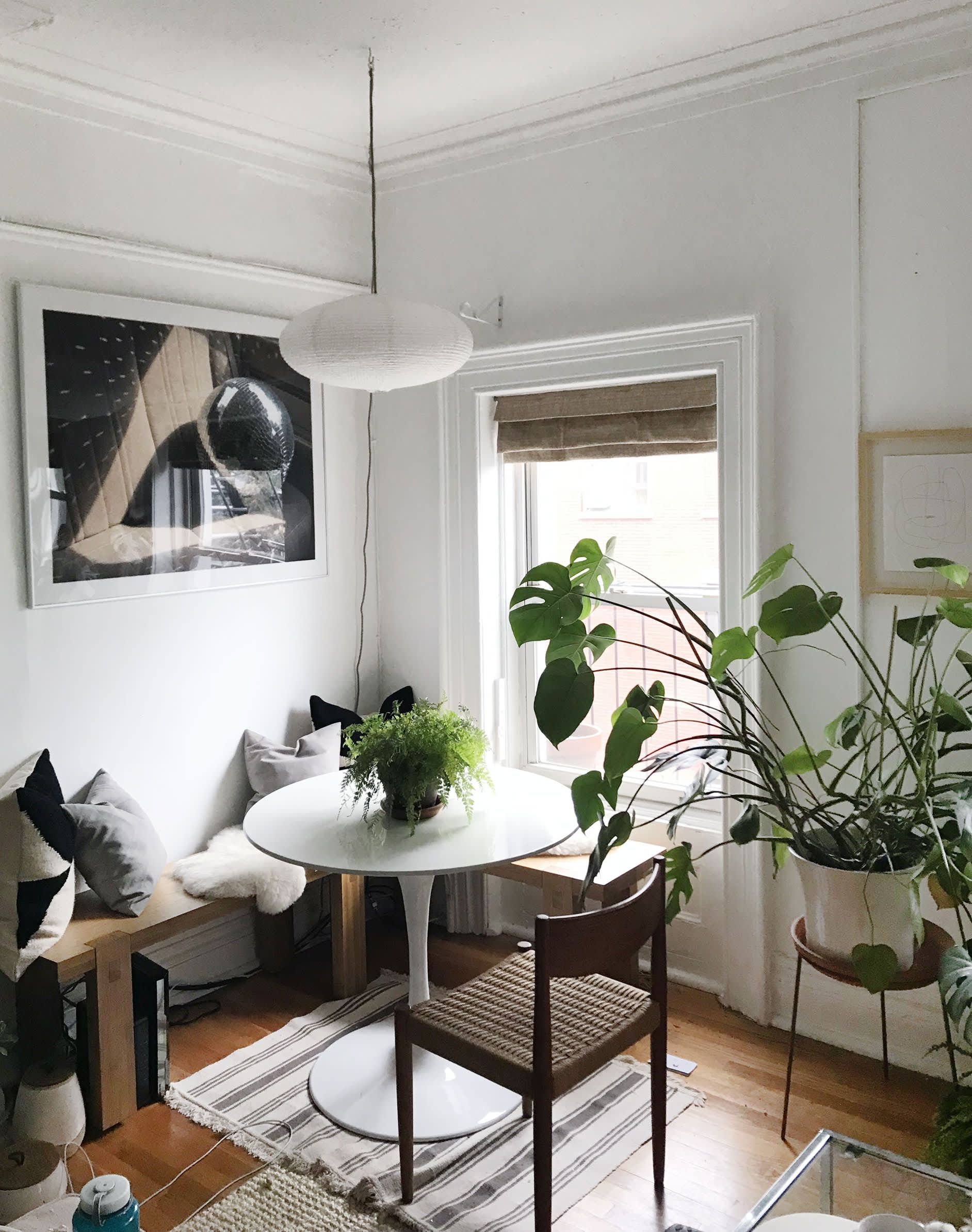 10 Small Living Rooms That Make Space For A Dining Table Too