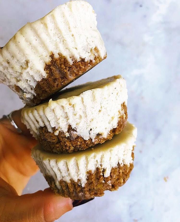 Cheesecake gingerbread treats made with tates