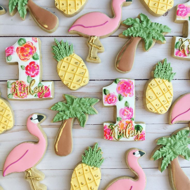 When my youngest turned one, I went all out for her birthday party and ordered custom flamingo/pineapple cookies from a local baker. Those… #tropicalbirthdayparty