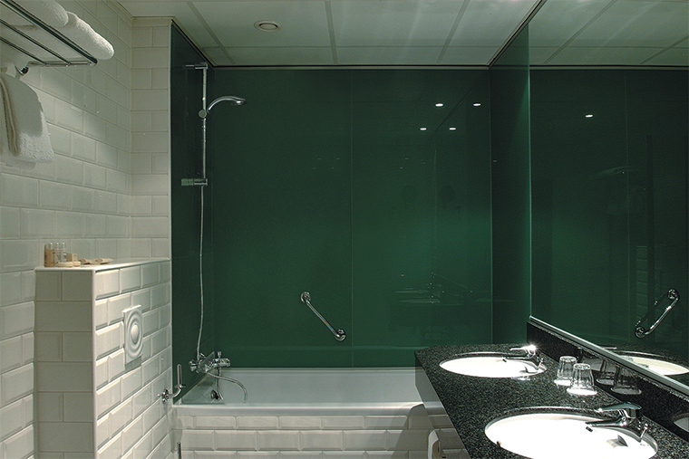 Glazen Panelen Badkamer : Badkamer achterwand badkamer inspiratie badkamer