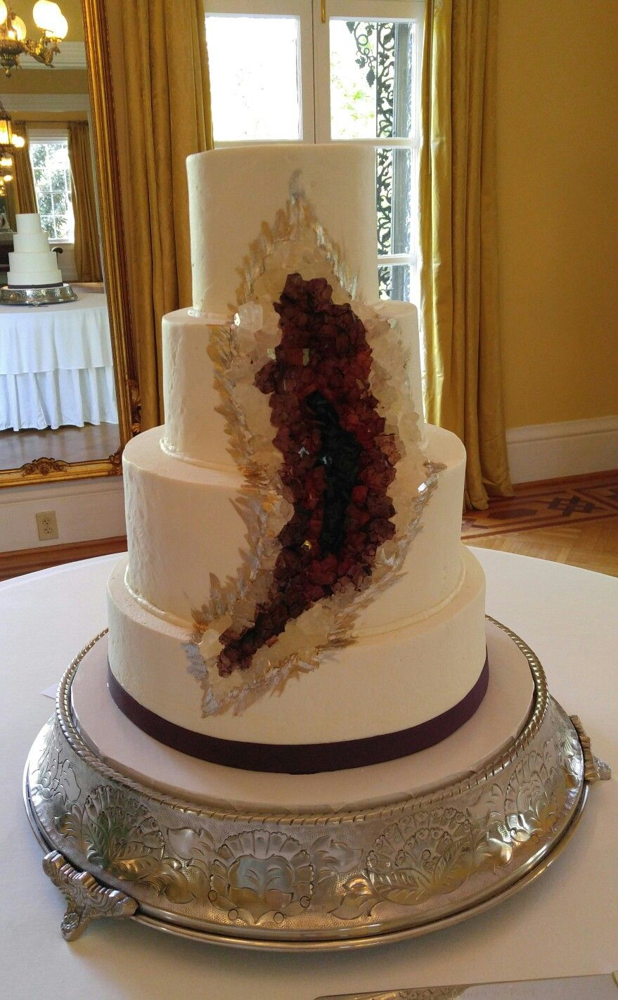 Delightful Geode Crystals Wedding Cake In Ruby Red And Wine. Www.VintageBakery.com 803