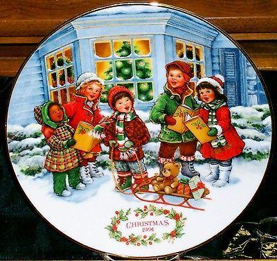 Avon Christmas Memories Perfect Harmony Christmas 1991 22K Gold Rim Mint No Box @ ditwtexas.webstoreplace.com