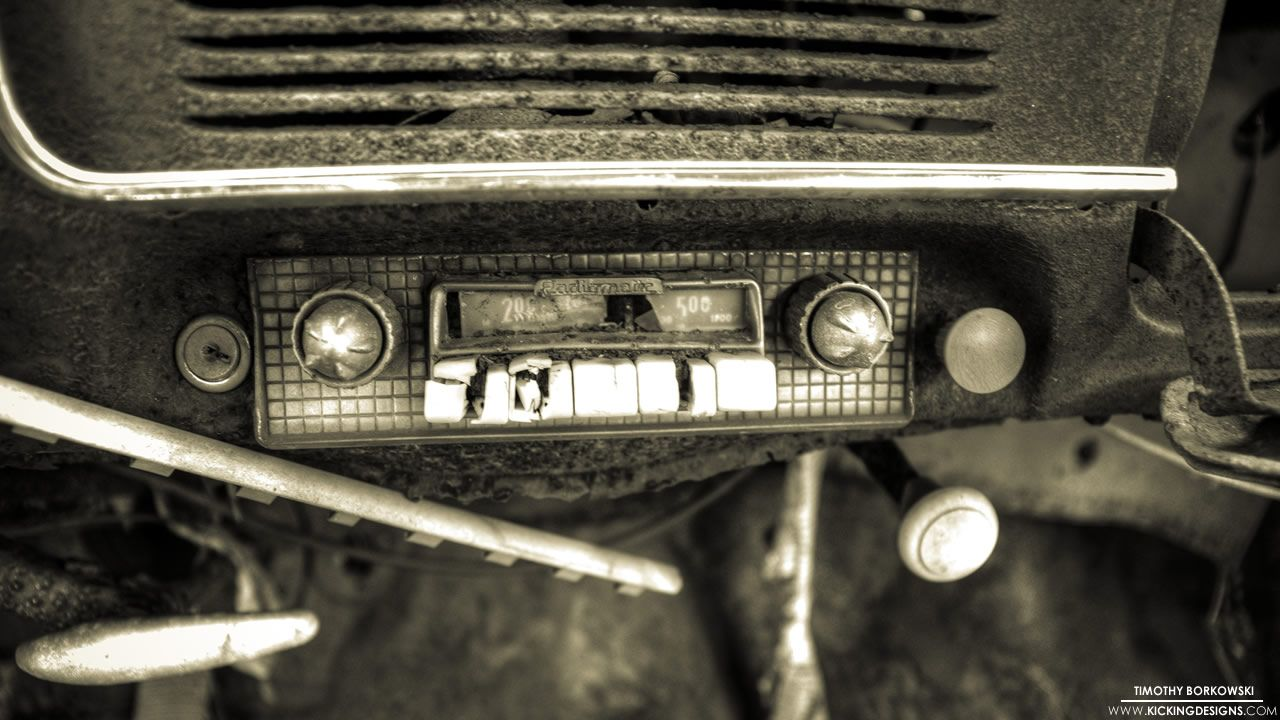 Old Car Radio 4 28 2013 Wallpaper Kicking Designs Car Radio Radio Old Cars