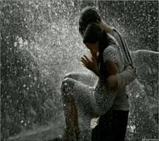 Cute couple kissing in the rain download free love rain wallpapers cute couple kissing in the rain download free love rain wallpapers for your mobile phone thecheapjerseys Gallery