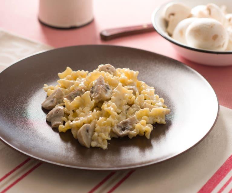 Pasta Con Champiñones Y Nata Rezept Cookidoo Thermomix Tm5 Thermomix