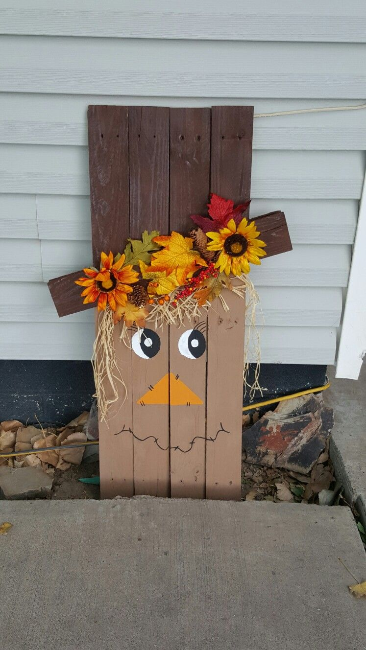 pallet scarecrow halloween diy crafts fall crafts wood on useful diy wood project ideas id=32461