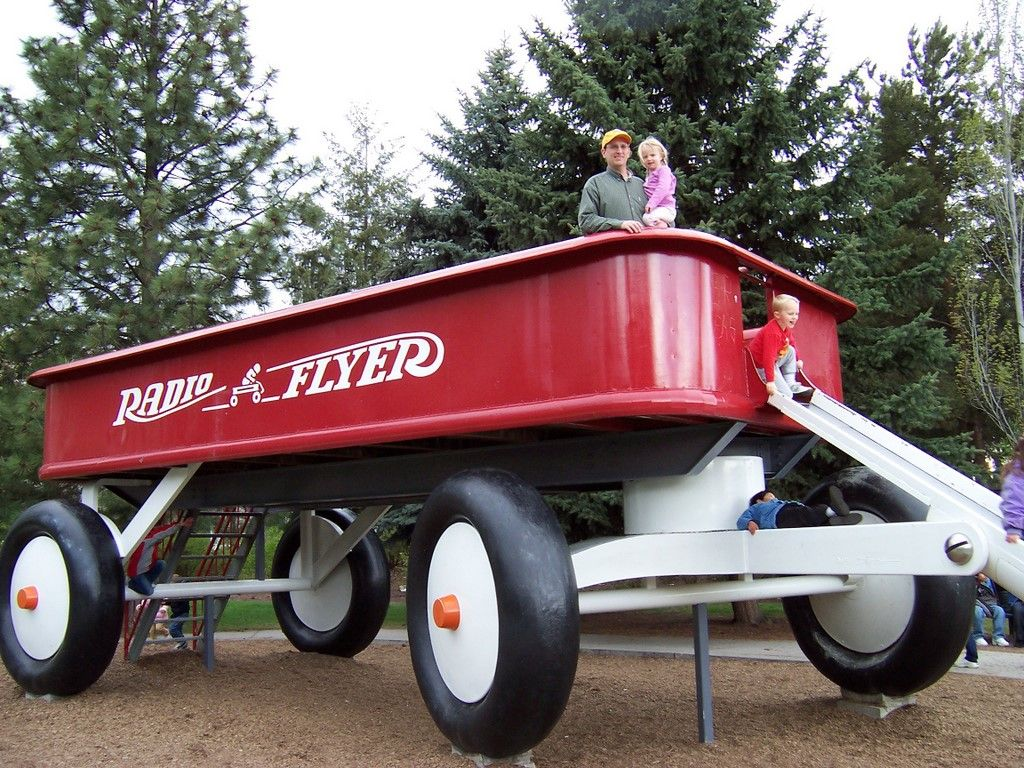 Big Red Wagon Spokane Radio Flyer Roadside Attractions Big Red Wagon