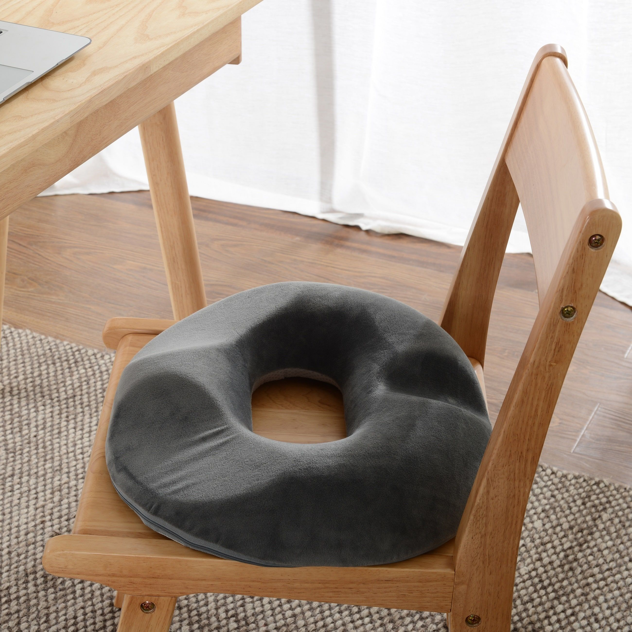 Cheer Collection Ultra Supportive Memory Foam Donut Seat