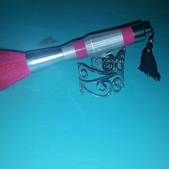 Shimmer bundle! Victoria Secret shimmer brush, has been used, beautiful, different bracelet and CZ diamond dangle earrings for one low price! Love these items just don't wear/use them and they're taking up needed space for other things! Thanks for looking! :) Victoria's Secret Accessories