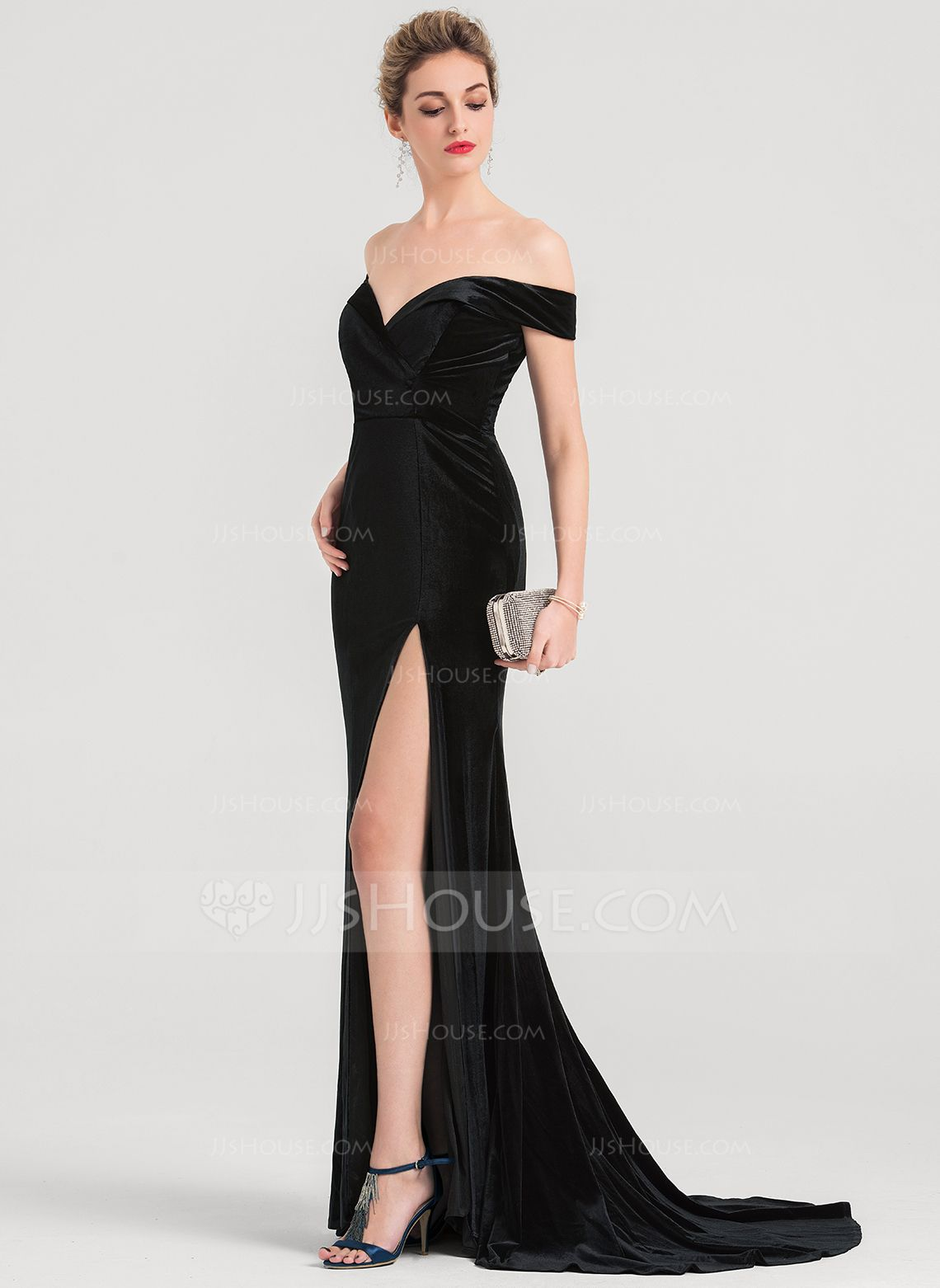 Trumpetmermaid offtheshoulder sweep train velvet evening dress