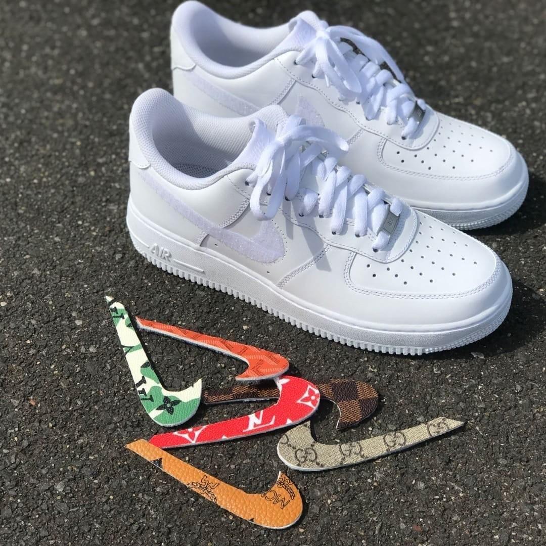 Interchangeable swooshes | Sneakers