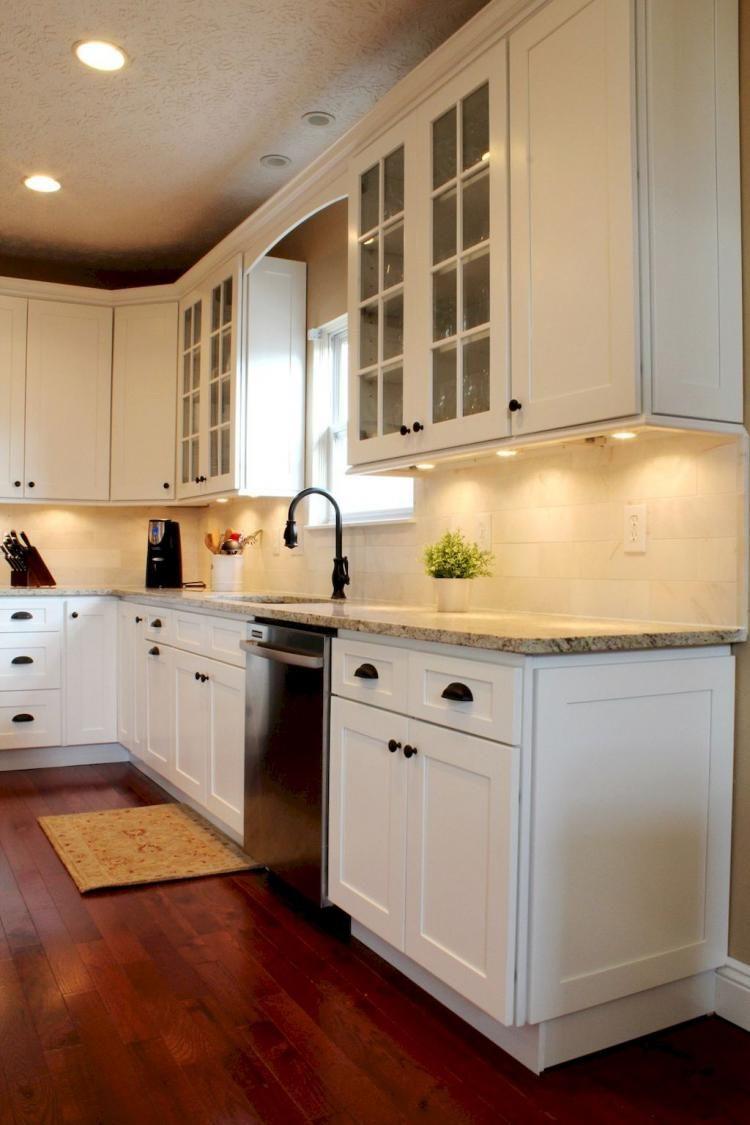 Inspiring White Shaker Cabinets Kitchen & 20 Best Ideas ...